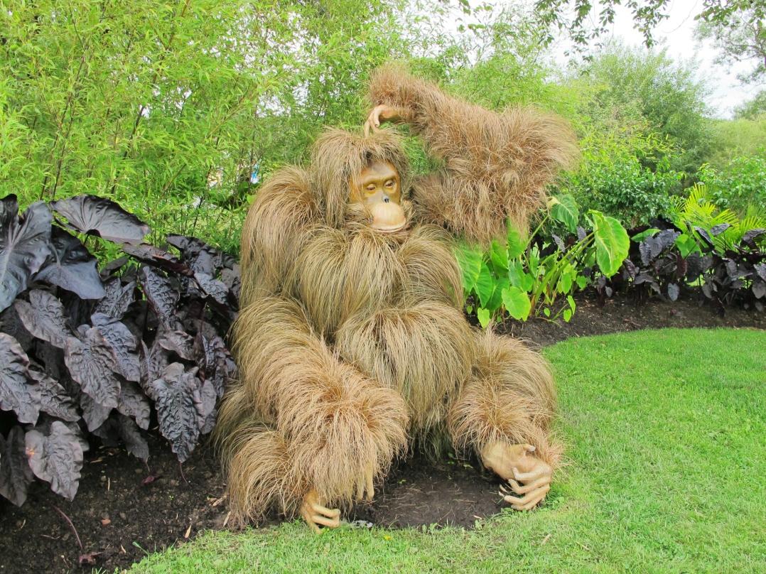 montreal-botanical-garden-sculpture-show-11