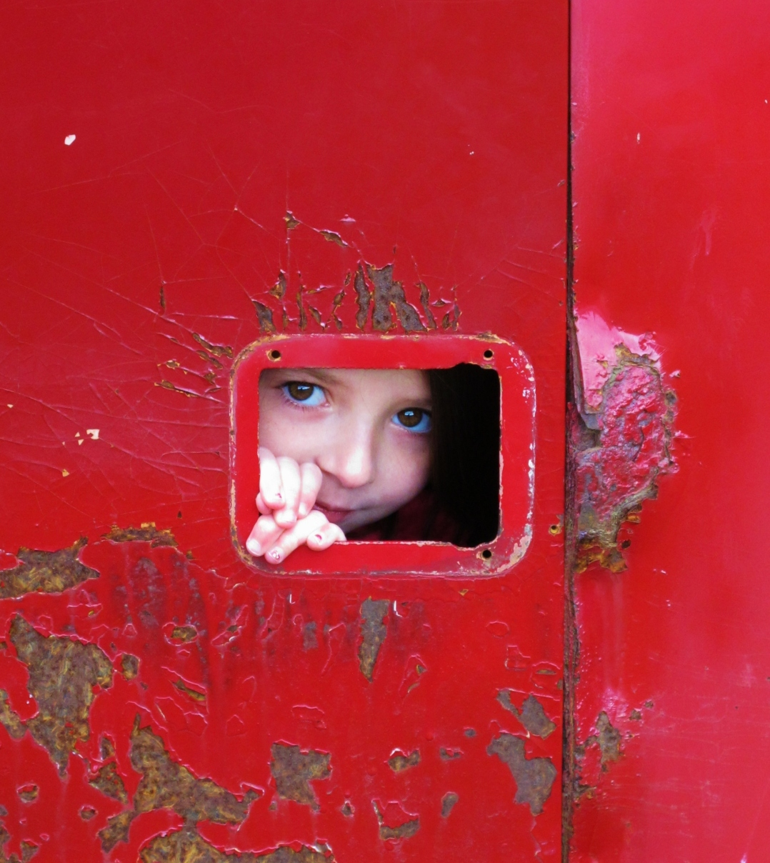 fire-truck-peep-hole