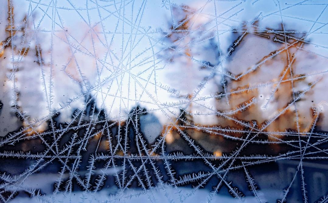 ice line drawings