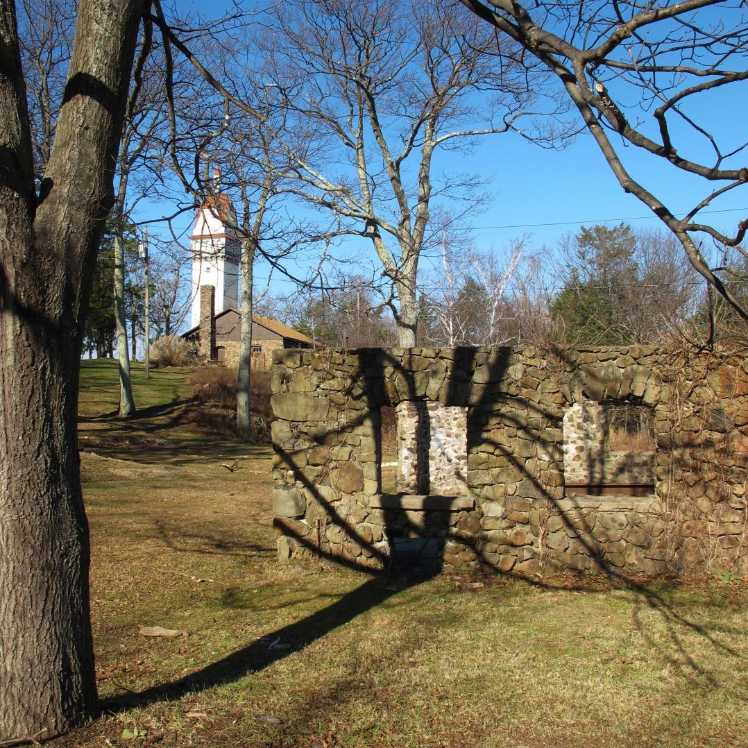 Talcott & Heublein Tower (9)