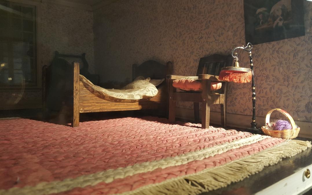 Doll House (1)